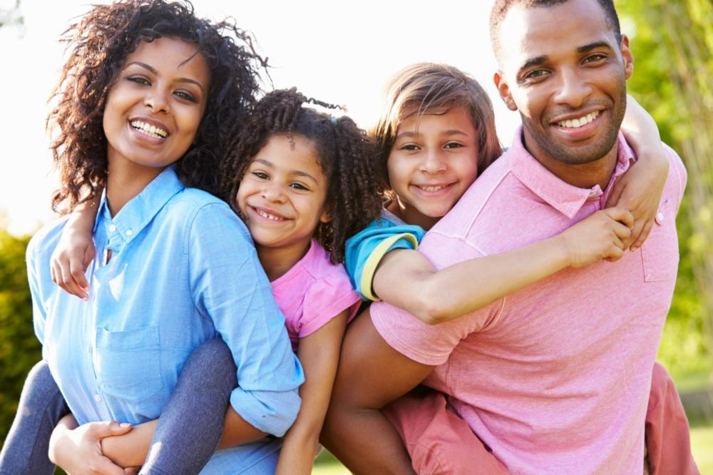 Smiling Family | Family Dentist in Pike Creek